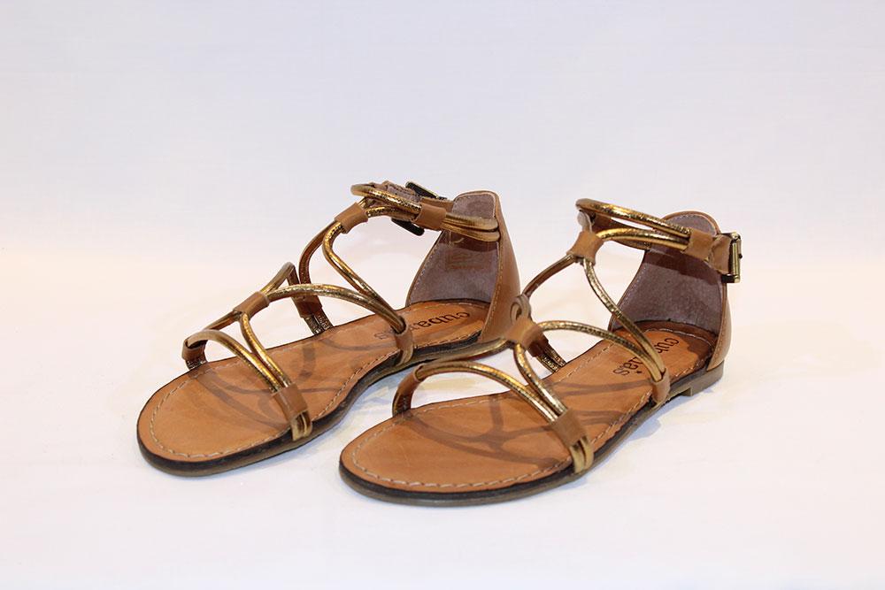 38c91c198 Cubanas - Sandália Rasa Dourada - Vissanti - Loja Online de Sapatos ...