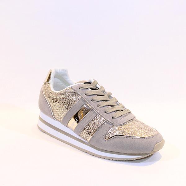 180b976365a Versace Jeans - cream sneakers + gold - Vissanti - Loja Online de ...