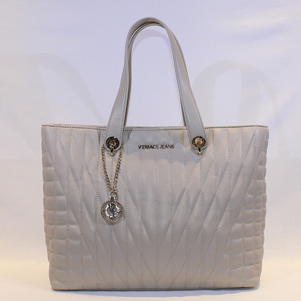 1bbf527b866 Versace Jeans - cream quilted hanbag - Vissanti - Loja Online de ...