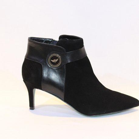 dc1eed27b Miguel Vieira Women - Bota preta tacão médio - Vissanti - Loja Online de  Sapatos e Malas